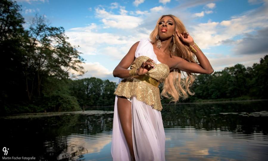 Kelly Goddess