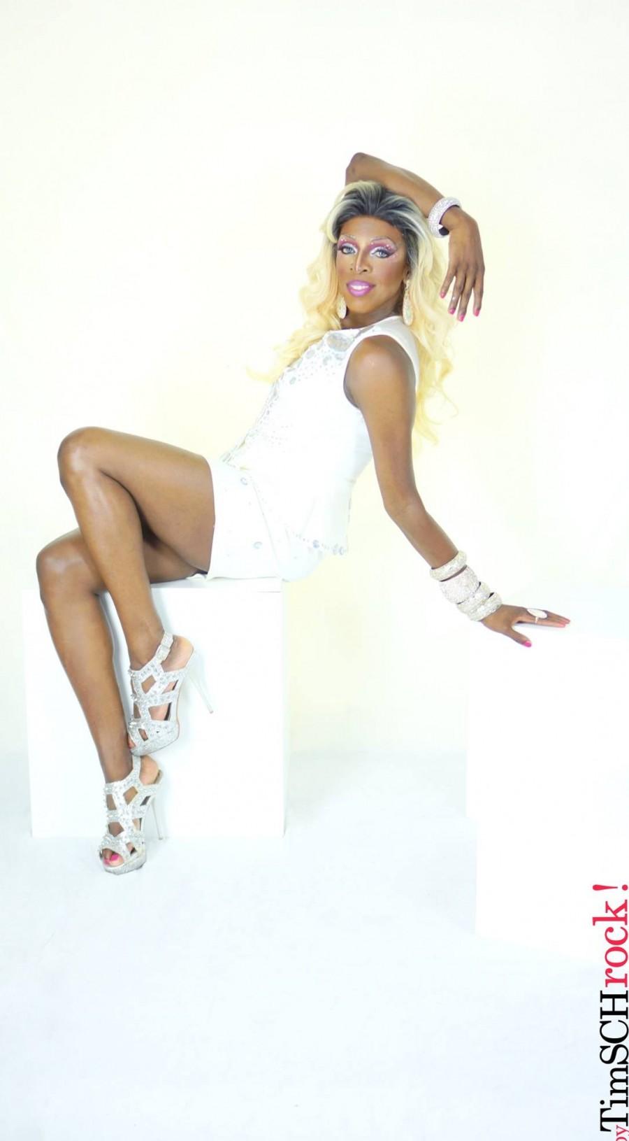 Kelly White 1
